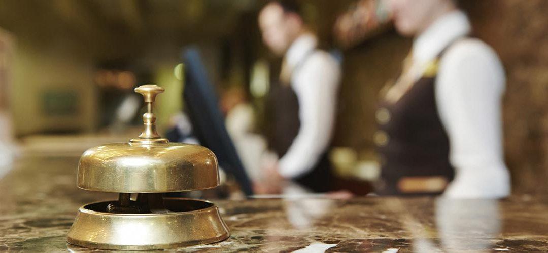 hospitality-management-1080x500